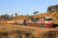 Another late runner (Dylan B`) Tags: qr qgr queensland rail south east qld sct bromelton intermodal interstate brisbane melbourne frieght train locomotive diesel double header sunny early morning winters day clear skies canon photography