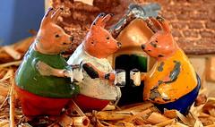 Three LITTLE PIGS......Macro Mondays (Lani Elliott) Tags: macro upclose closeup close macromondays three colour color colourful threelittlepigs cococubs pigletpigs britains toy leadtoys britainsleadanimals vintage brilliant