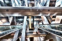 Garibaldi 3 (isnogud_CT) Tags: garibaldi statione bahnhof neapel italien rolltreppe treppe ubahn underground bahn linea1