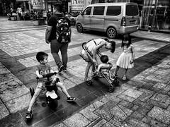 Guangzhou, China (-Faisal Aljunied - !!) Tags: blackandwhitestreet playing children china guangzhou streetphotography iphone7plus faisalaljunied