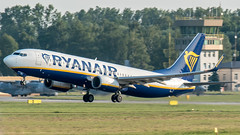 Ryanair (damkor00) Tags: aviation airport avgeek airplane aircraft airlines aero avia avion airplanes boeing b737 epkk flykrk ryanair
