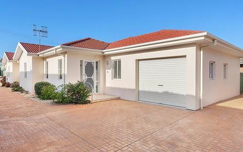 1/3 Karooah Avenue, Blue Bay NSW