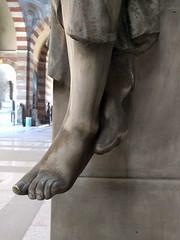 Atanasio Solenghi, she waits (ashabot) Tags: milan milano cimiteromonumentale monumentcemetery statues cemetery cemeteries mementomori art