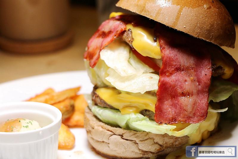 東區史丹貓美式餐廳漢堡35