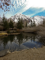 Refugio Lo Valdes (nubedefresas) Tags: refugio lovaldes maipo cajondelmaipo reflejo nieve cerro montaña laguna chile santiago