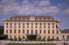 Schönbrunn Palace 4 (Mount Fuji Man) Tags: vienna austria 2017 wien thecityofdreams bundesland unedited nophotoshop