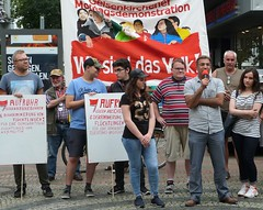 Aufruhr gegen Abschiebung - eine Mut  machende Demonstration direkt in der Gelsenkirchener Innenstadt (Thomas Kistermann) Tags: martina reichmann und thomas kistermann