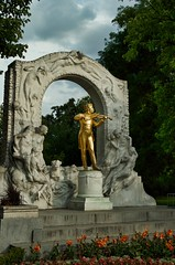 Johann Stauss (Mount Fuji Man) Tags: stadtpark composer vienna austria memorial monument sculpture