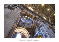 Raggio di luce in San Pietro (imagina (www.giuseppemoscato.com)) Tags: sanpietro vaticano roma arte basilica fuji xt2 21 mm 28