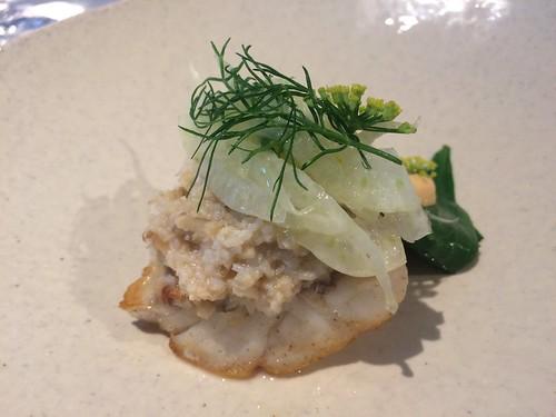 Turbot, crabe de la mer du nord, jus de Bouillabaisse (Donatus White Dornier)