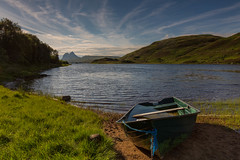 A Distant Suilven .. (Gordie Broon.) Tags: camloch suilven boat fishing sutherlandshire assynt scottishhighlands scotland schottland paysage elphin landschap ecosse caledonia hills collines inchnadamph lochinver beach scenery hugeln trees colinas heuvels scenic paisaje escocia gordiebroonphotography sky clouds lago lac szkocja ledmore sugarloafmountain paesaggio meer scottishwesternhighlands canon5dmklll canon1635f4l summer 2017 light alba geotagged serene browntrout flyfishing