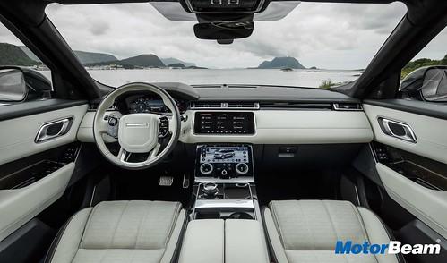 Range Rover Velar 03