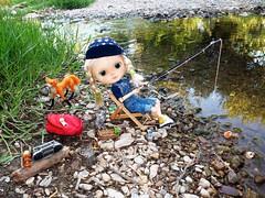 blythe pescando fishing