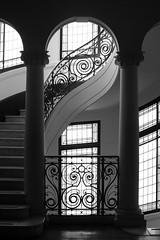 Palacio Álamos, Santiago de Chile (Mario Rivera Cayupi) Tags: santiago chile edificio building escalas stairs bw blackandwhite