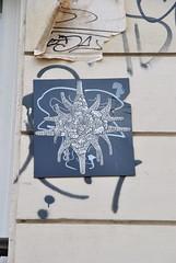 DSC_0245 (emilyD98) Tags: graffiti peinture dessin collage paris street art insolite rue mur wall urban exploration city ville installation