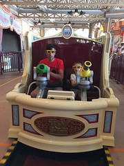 """Nic and Inde on Midway Mania at Disney's California Adventure • <a style=""""font-size:0.8em;"""" href=""""http://www.flickr.com/photos/109120354@N07/35596665900/"""" target=""""_blank"""">View on Flickr</a>"""