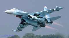 58 Sukhoi Su-27 Ukraine Airforce (Anhedral) Tags: sukhoi su27 takeoff reheat soviet ukraineairforce riat riat2017 raffairford airdisplay jet fighter airdefence 58 afterburner