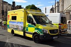 LX15 AFE (markkirk85) Tags: london mercedes benz sprinter 519 cdi ambulance service lx15 afe lx15afe