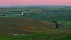 Dawn on the Palouse (Alan Amati) Tags: amati alanamati america american usa us wa washington pacificnorthwest nw northwest palouse thepalouse farm farms field fields dawn predawn earlymorning early earlylight elevator grain wheat glow steptoe steptoebutte state park butte colfax landscape pink sky sunrise hills rolling