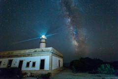 _MG_9905 (dearwalrus) Tags: canon 70d samyang 10mm f28 faro far lighthouse sky estrellas stars vía láctea milky way