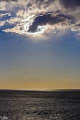Rule of thirds ... vertical.. (e0nn) Tags: sigma sigma50500apohsm pentax pentaxk1 ricoh kiama sunrise steveselbyphotography steev steveselby ocean lighthouse
