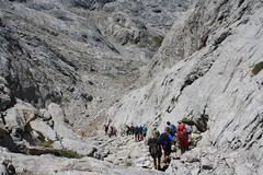 "Picos de Europa 2017 389 <a style=""margin-left:10px; font-size:0.8em;"" href=""http://www.flickr.com/photos/122939928@N08/35744648790/"" target=""_blank"">@flickr</a>"