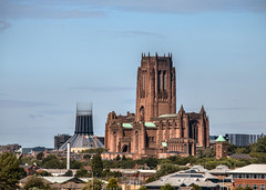 Liverpool. Anglican Cathedral. 13 July 2017. (ricsrailpics) Tags: uk liverpool anglicancathedral romancatholiccathedral church tower corona 2017