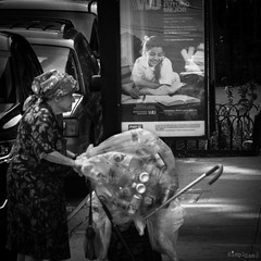 Aspirations of youth (SimplSam) Tags: newyork panasoniclumixg7 street usa bag lady student education future vagrant p1400910
