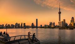 admire the view (Rob-Shanghai) Tags: shanghai china huangpu lujiazui river pearltower rx10m2 sunset view