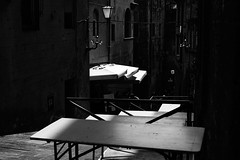 """ Morning light "" (pigianca) Tags: italy siena monochrome blackwhite streetphoto urbanphoto leicam240 summilux50mmf14"
