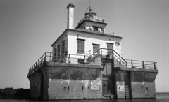 Oswego Harbor West Pierhead Lighthouse (neilsonabeel) Tags: nikonactiontouch nikon film analogue lighthouse oswego lakeontario