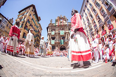 "Javier_M-Sanfermin2017140717008 • <a style=""font-size:0.8em;"" href=""http://www.flickr.com/photos/39020941@N05/35918957885/"" target=""_blank"">View on Flickr</a>"