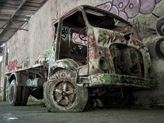 E-M1MarkII-13. Juli 2017-14-54-01 (spline_splinson) Tags: consonno graffiti graffitiart graffity italien italy lostplace losttown oldcar oldtruck ruin ruinen ruins truck lombardia it