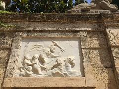 Poseidon Bas Relief (Miltonic) Tags: barcelona parcdellaberintdhorta