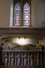Sir Walter de Dunstanville, Baron of Castle Comb (sarahstierch) Tags: chippingcampden cotswolds wiltshire england unitedkingdom uk britain church churchofengland christianity christian episcopal anglican castlecombe grave tomb crusades sir statue historic monument stained glass