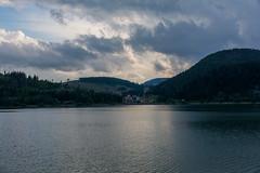 Palcmanská Maša. (Azariel01) Tags: 2017 slovaquie slovakia dedinky lac lake soleil sun rays rayons montagne mountains clouds nuages village palcmanskamasa