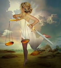 Justice is in a hurry (jaci XIII) Tags: justiça alegoria mulher pessoa balança espada justice allegory woman person shakes sword