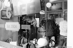 Filming Endeavour S5E2 (Bossnas) Tags: 2017 35mm bw endeavour film filming hc110 hp5 ilford iso1600 leica m6 market oxford pakon s5e2