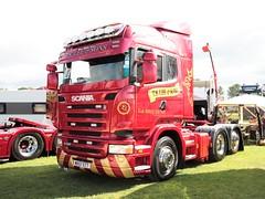 T S Lee and Sons Scania R420 MX57 ETT Newark Truckfest 2017 (davidseall) Tags: t s lee sons scania vabis mx57 ett mx57ett truck lorry tractor unit lgv hgv large heavy goods vehicle truckfest show newark nottinghamshire uk gb british