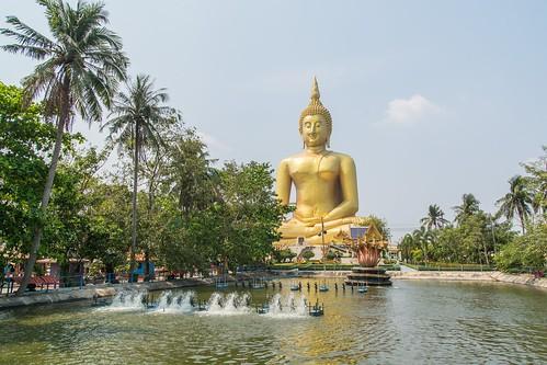 wat muang - ang thong - thailande 25