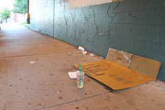 Fragile (Flint Foto Factory) Tags: chicago illinois urban city summer july 2017 north edgewater neighborhood glenlake broadway winthrop cta chicagotransitauthority overpass underpass homeless cardboard box bed fragile camel cigarettes ink pen starbucks coffee plastic cub morning am human condition being