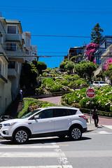 Lombard Street Up (Henrik Skupin) Tags: america bluesky california flower house landscape lombardstreet people plant sanfrancisco sign sky stair street tree usa unitedstates