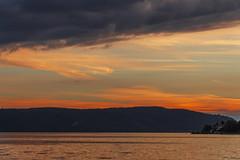 abend am bodensee (maikepiel) Tags: sunset sonnenuntergang abend evening dusk dämmerung colours farben sky himmel abendhimmel clouds wolken lake see water wasser bodensee constance überlingen germany deutshcland