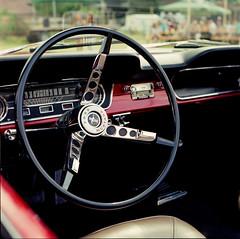 2017-97_carshow_minoltaautocord_fujins160_005-5 (Trill@P) Tags: minoltaautocord minolta analog film scan mf mediumformat 6x6 fuji fujins160 color carshow oldtimer cars