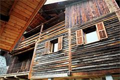Habitat traditionnel à Hauteluce, Savoie, Alpes, France (claude lina) Tags: claudelina france rhônealpes alpes savoie châlet bois beaufortin hauteluce