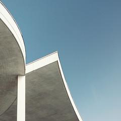 The Wave (Photothomas85) Tags: architekture urban geometric buidling
