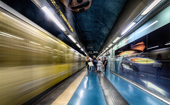 Materdei 8 (isnogud_CT) Tags: materdei bahnsteig statione reisende bahnhof ubahn underground linea1 neapel italien