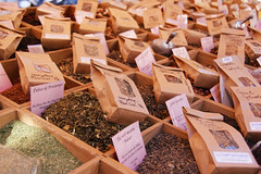 Teas (LauraSujanani) Tags: tea market mercado té