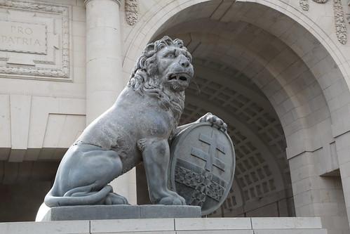 Menin Gate Memorial.
