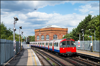 London Underground Piccadilly Line 159, Hounslow East